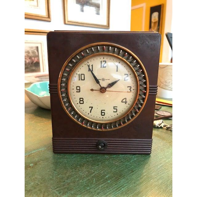 Bakelite Vintage Mid-Century Bakelite Electric Parlor Clock Timer For Sale - Image 7 of 7