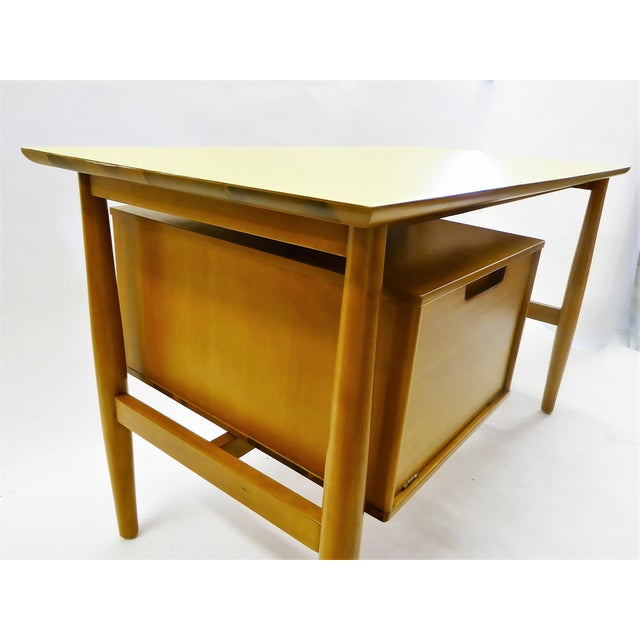 1950s 1950s Mid-Century Modern Blond Elm Writing Desk by Milo Baughman for Drexel For Sale - Image 5 of 13