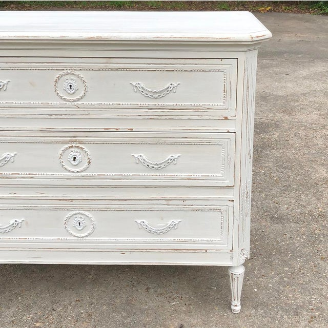 Metal 19th Century Country French Louis XVI Painted Commode For Sale - Image 7 of 12