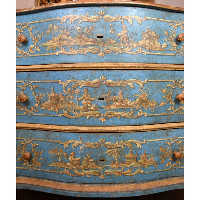 Asian 18th Century Italian Painted Chinoiserie Commode For Sale - Image 3 of 12