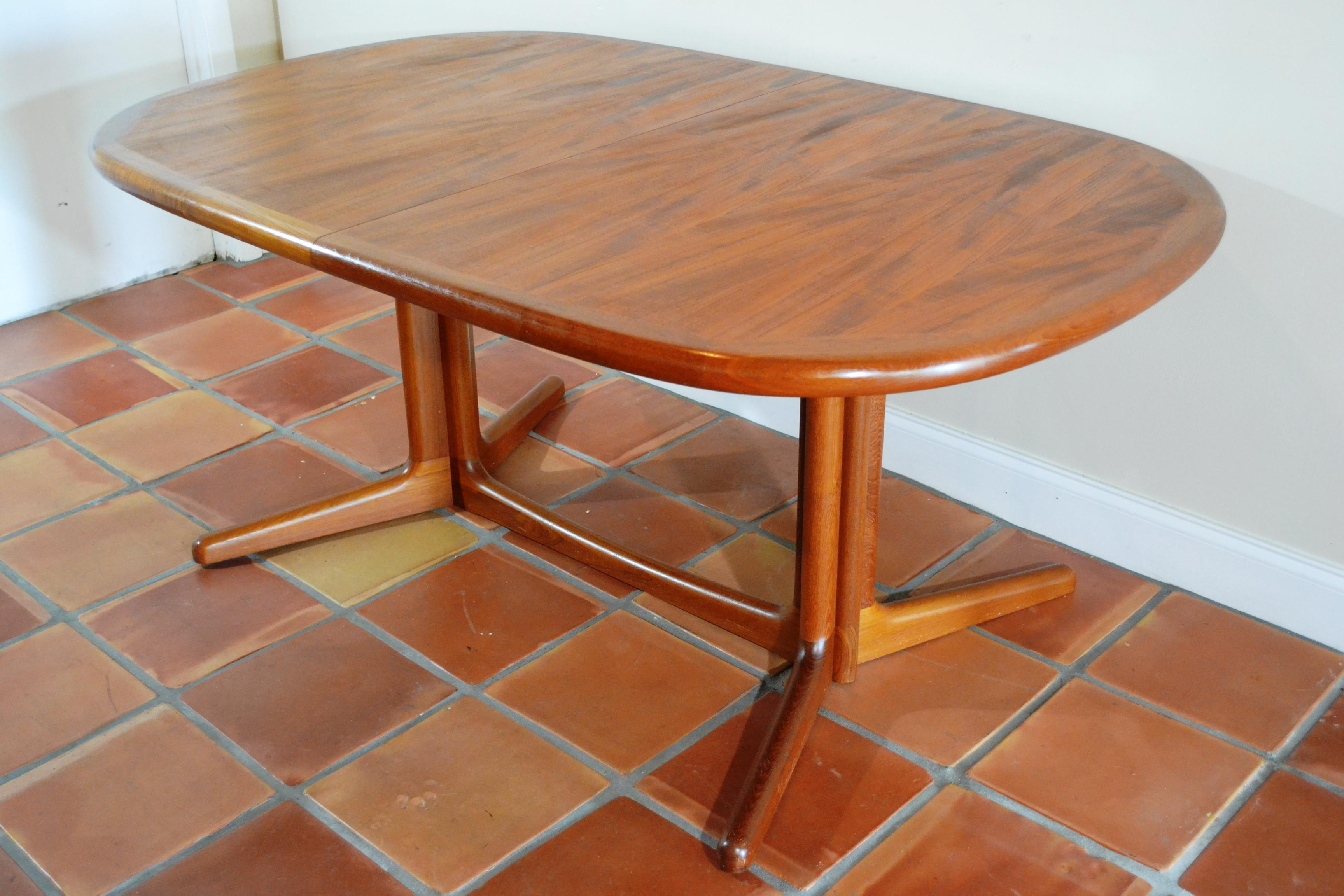 Mid Century Danish Teak Expandable Table By Edward Valentinsen. Includes 2  Leaves. Beautiful Teak