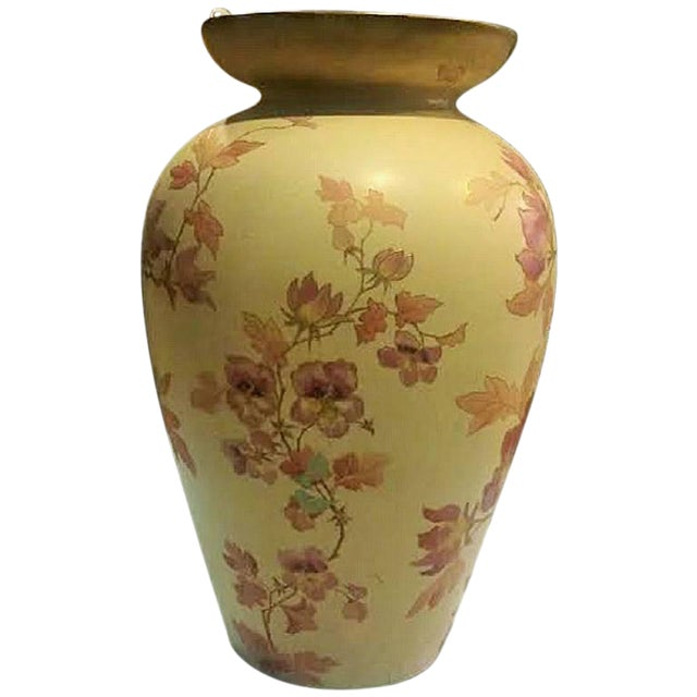Pointons Floral Pottery Vase - Image 1 of 9