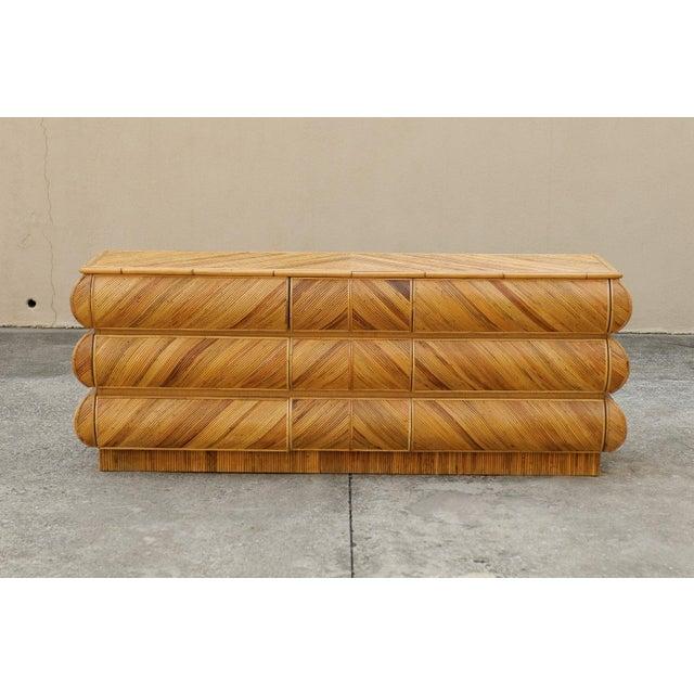 1980s Mid-Century Modern Bullnose Nine-Drawer Chest in Bamboo For Sale In Atlanta - Image 6 of 11