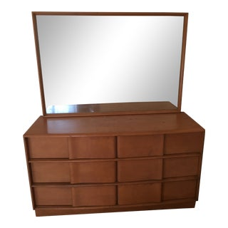 1960s Mid-Century Modern Heywood-Wakefield Woman's Dresser With Mirror For Sale