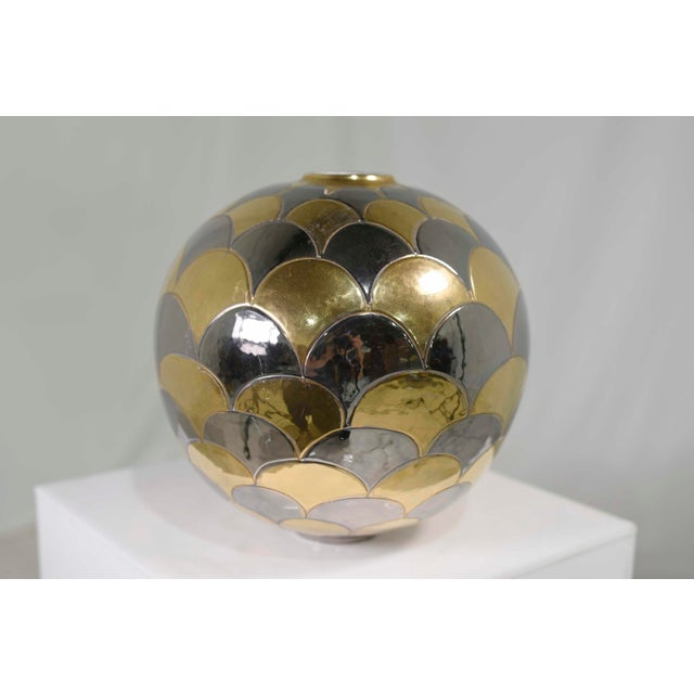 Vintage Bellini Italy Fish Scale Metallic Gold and Silver Mirrored Ceramic Vase For Sale - Image 4 of 10