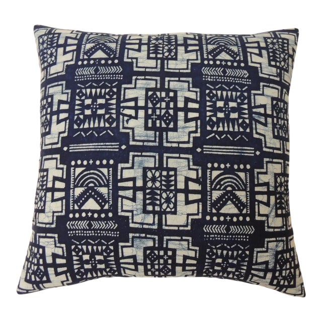 """Pair of Cotton Blue and White """"Kumasi"""" Decorative Pillows For Sale"""