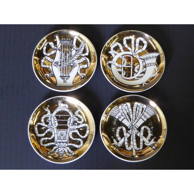 Mid-Century Modern Set of Eight 1950s Piero Fornasetti Musicalia Canapés For Sale - Image 3 of 8