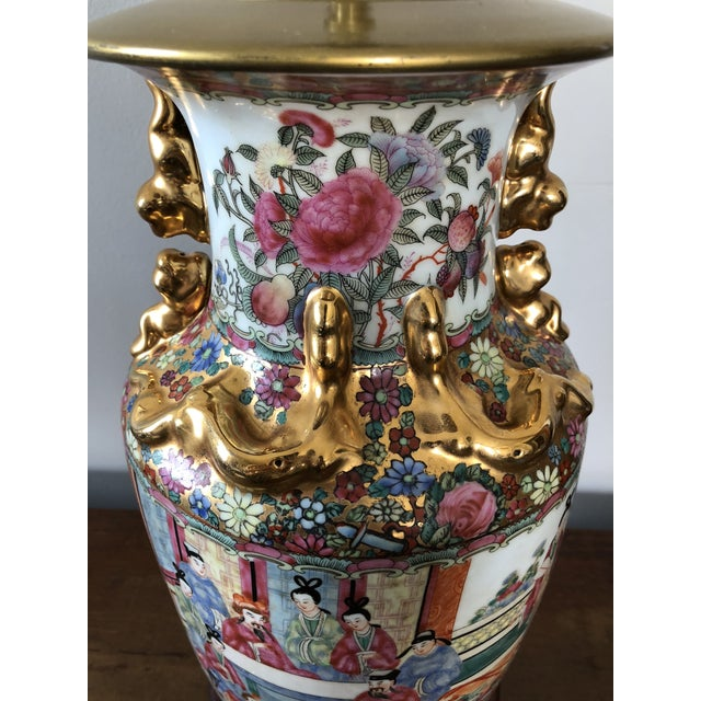 Asian Antique Chinese Rose Medallion Table Lamp For Sale - Image 3 of 7