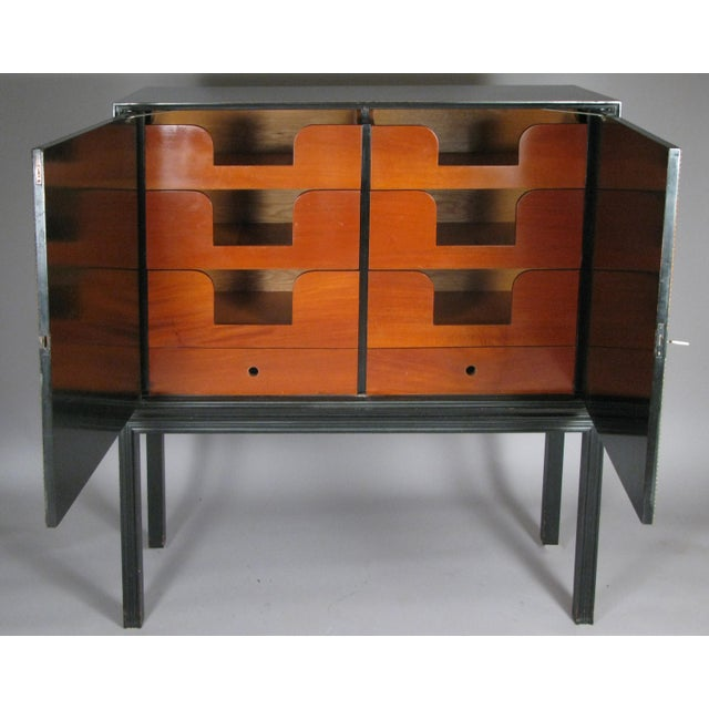1940s Lacquered Mahogany & Leather Chest by Tommi Parzinger For Sale In New York - Image 6 of 9