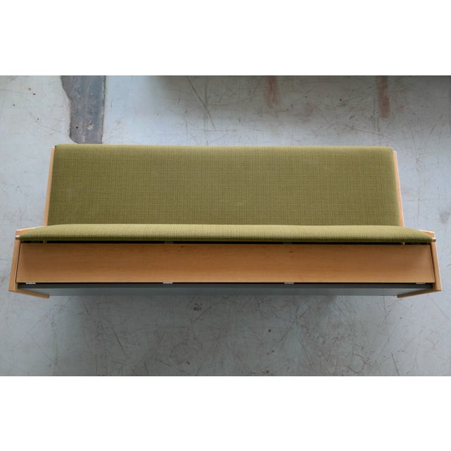Green Hans Wegner Daybed Model 258 for Getama Danish Mid-Century For Sale - Image 8 of 10