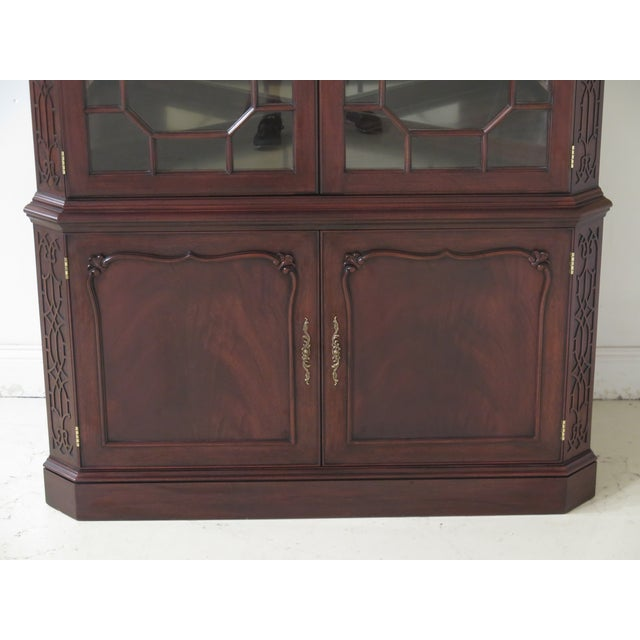Chippendale Henkel Harris Model #1192 Chippendale Mahogany Corner Cabinet For Sale - Image 3 of 13