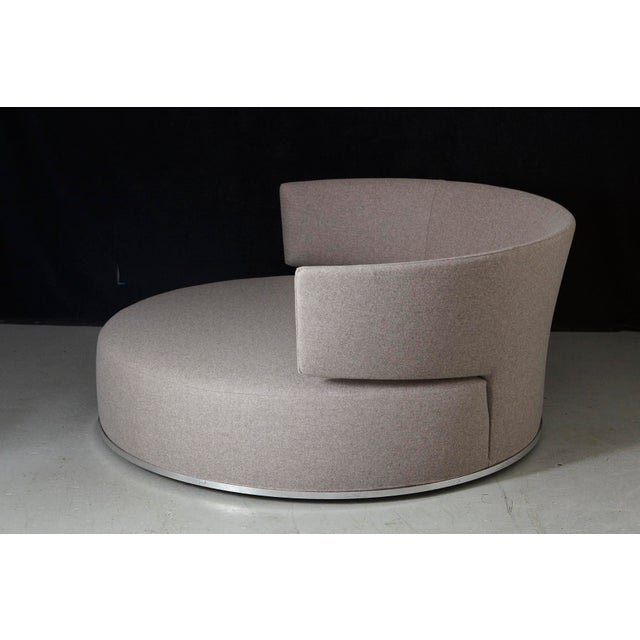 Amoenus - Circular Swivel Sofa by Antonio Citterio for B & B Italia, New Upholstery For Sale In New York - Image 6 of 13