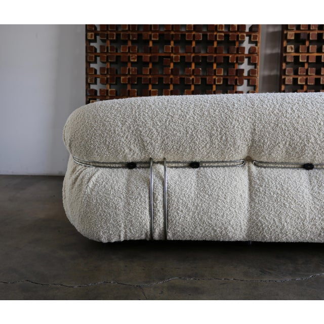 Metal Late 20th Century Afra & Tobia Scarpa Soriana Sofa for Cassina in Bouclé For Sale - Image 7 of 13