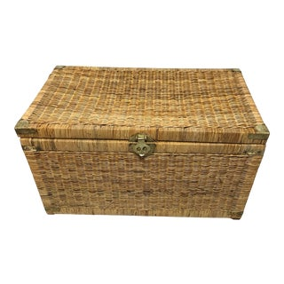 1970s Vintage Wicker Rattan Trunk For Sale