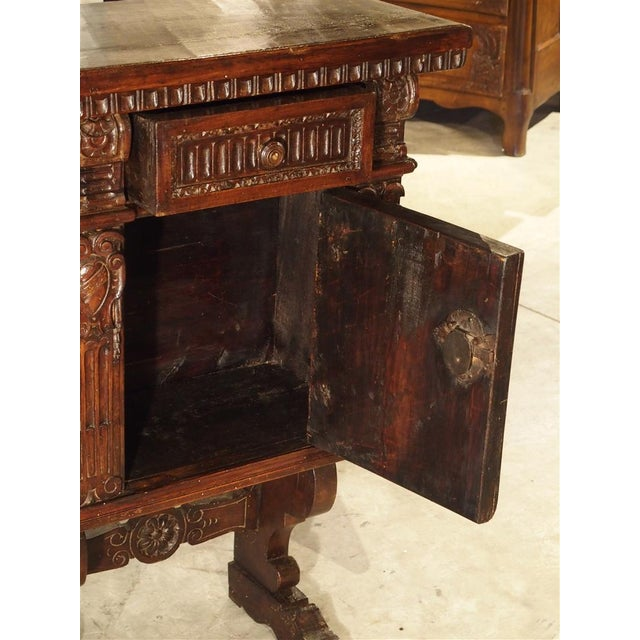 Small Antique Walnut Wood Renaissance Style Cabinet from Italy, Late 1800s  For Sale In Dallas - Superb Small Antique Walnut Wood Renaissance Style Cabinet From