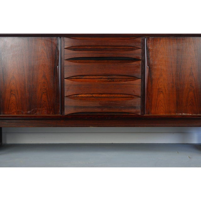 Danish Rosewood Credenza With Sled Legs by Arne Vodder, 1960s For Sale In Orlando - Image 6 of 10