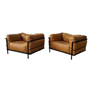 Pair of Authentic Vintage Lc3 Cassina Grand Modele Armchairs by Le Corbusier For Sale