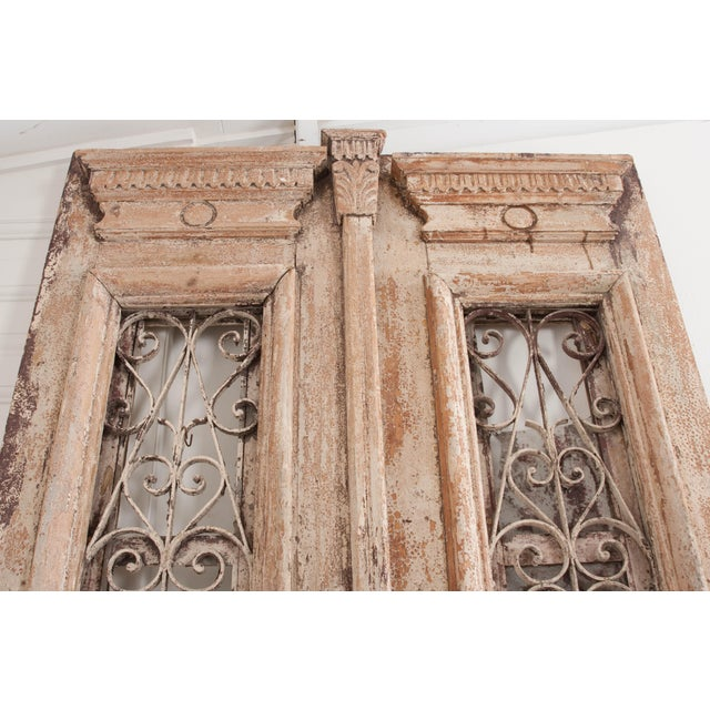 Glass Tall Pair of French Napoleon III-Style Early-20th Century Painted Pine and Wrought-Iron Exterior Entrance Doors For Sale - Image 7 of 11