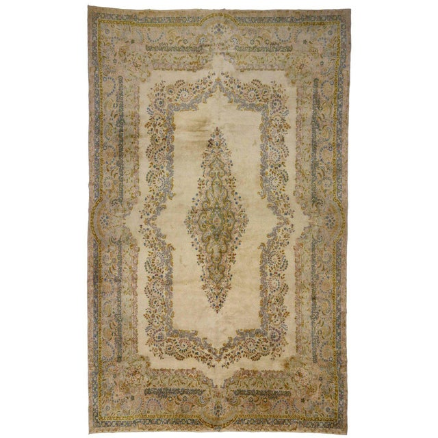 Pink Antique Persian Kerman Rug with Traditional Style in Light Colors For Sale - Image 8 of 10