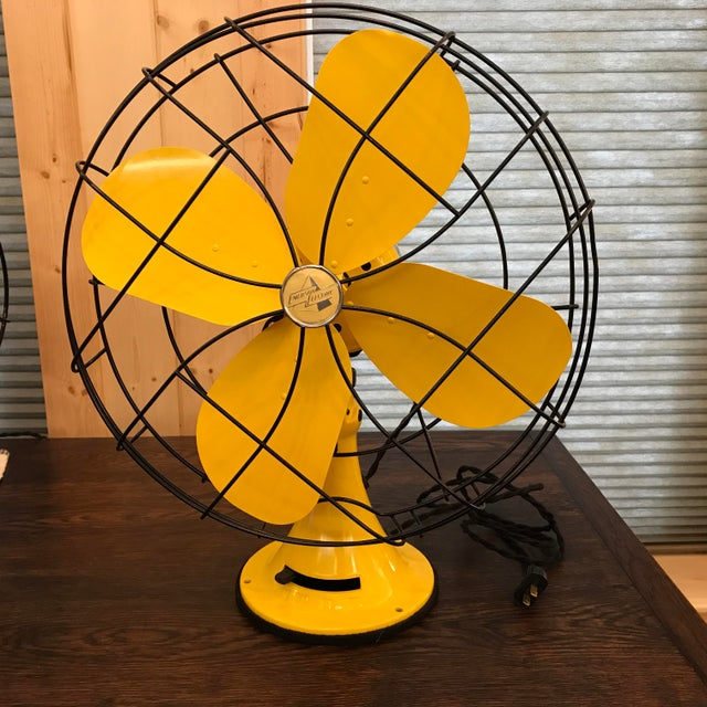Industrial Mid-Century Modern Emerson Electric Fan, 1952 For Sale - Image 3 of 11