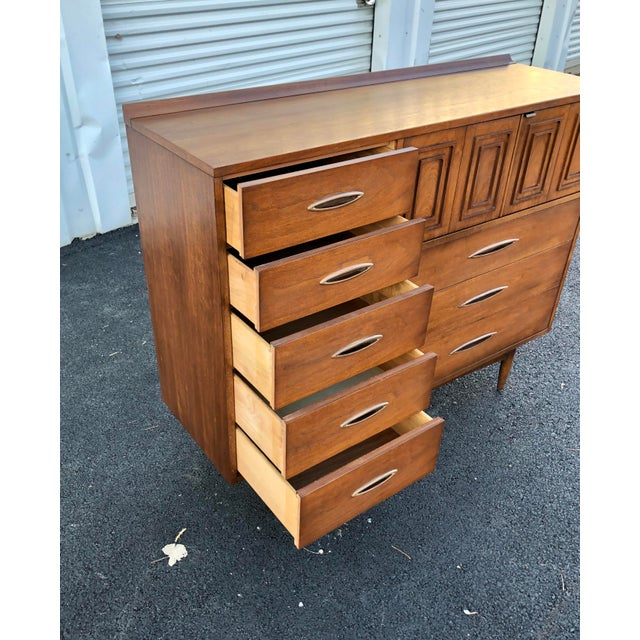 1960s Mid Century Broyhill Sculptra Magna Chest For Sale - Image 5 of 13