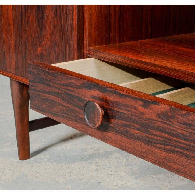 Elegant Mid-Century Dutch Design Rosewood Bar Cabinet for Fristho Franeker, 1960s For Sale - Image 6 of 13