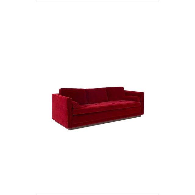 Mid-Century Modern Ward Bennett Red Mohair Tuxedo Sofa For Sale - Image 3 of 7
