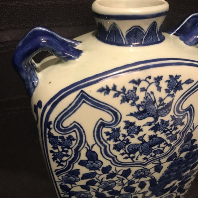 Beautiful blue and white Chinoiserie porcelain piece. Not sure of the age – the date was an estimate. Great vintage...