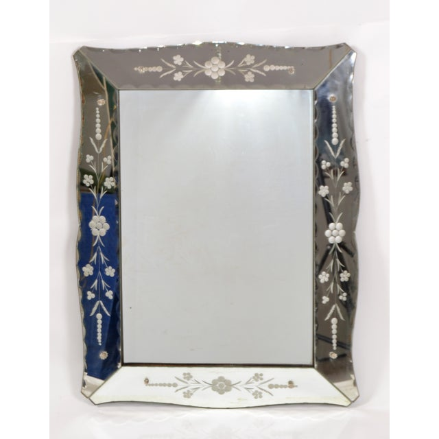Italian Mid-Century Modern, Faceted & Etched Venetian Wall Mirror For Sale - Image 12 of 13