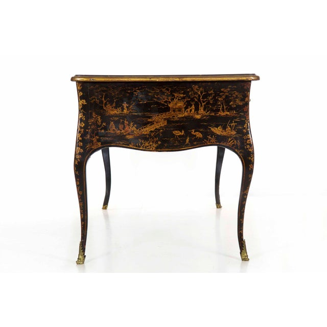 Mid 19th Century 19th Century Louis XV Style Chinoiserie Decorated Bureau Plat Antique Writing Desk For Sale - Image 5 of 13