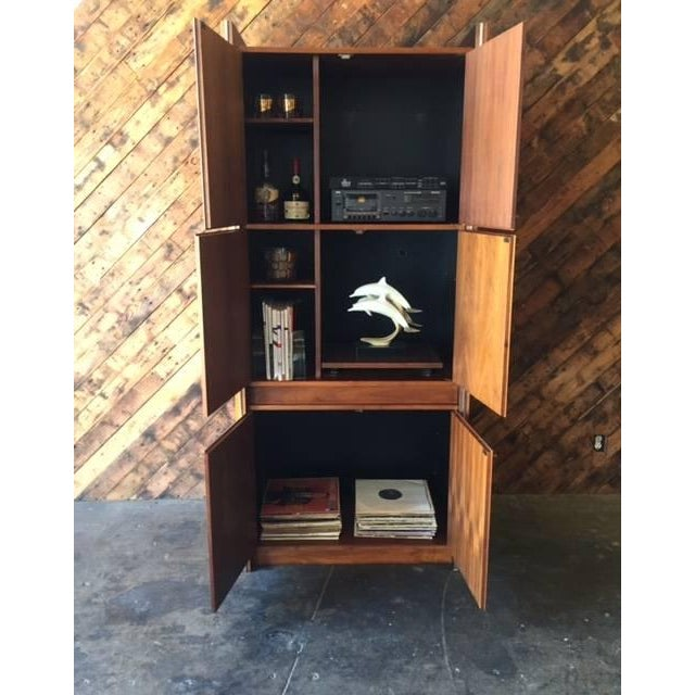 Mid-Century Modern Barzilay Mid-Century Tall 1960s Walnut Cabinet For Sale - Image 3 of 7
