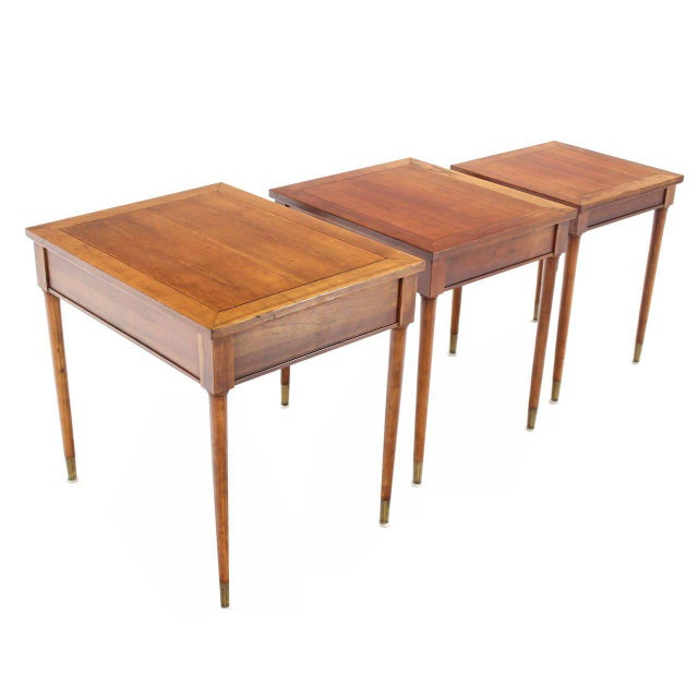 Set of Three Mid-Century Modern Walnut Nesting Tables For Sale In New York - Image 6 of 6