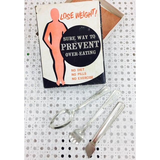 """Vintage """"Lose Weight!"""" Joke Set - Image 6 of 6"""