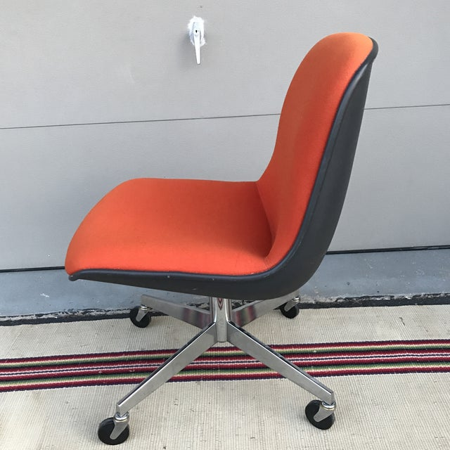 Vintage Steelcase Orange Office Chair for Knoll 1970's Steelcase label on the bottom. Excellent overall condition. Slight...