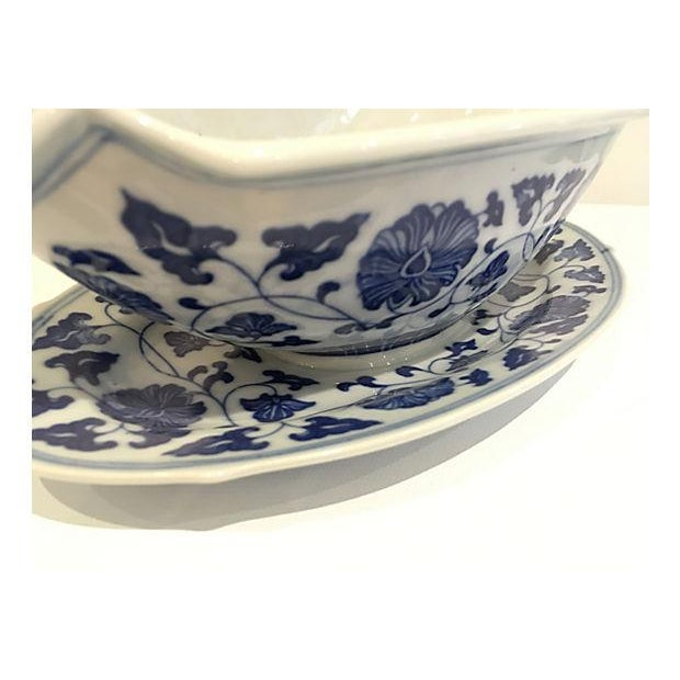 Blue & White Chinese Sauce Boat - Image 4 of 5