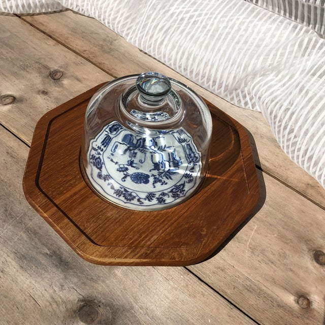 Blue and White Dolphin Teakwood Cheese Plate With Glass Dome For Sale In Pittsburgh - Image 6 of 7