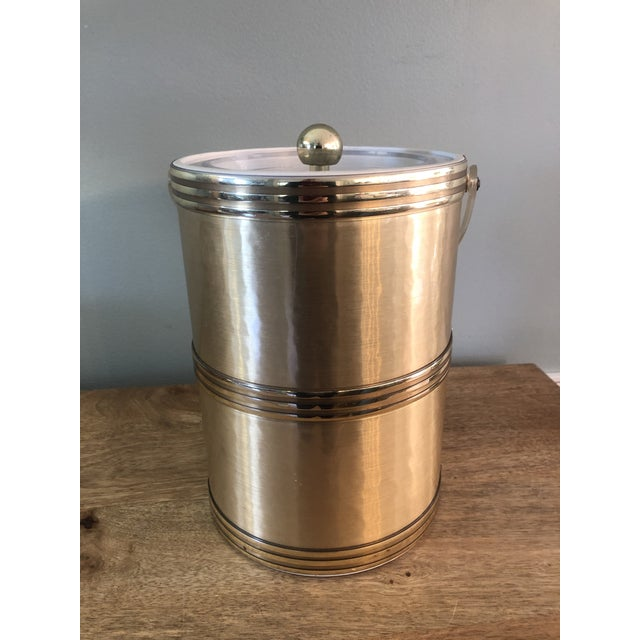Hollywood Regency Georges Briard Mid Century Gold Lucite Ice Bucket For Sale - Image 3 of 9