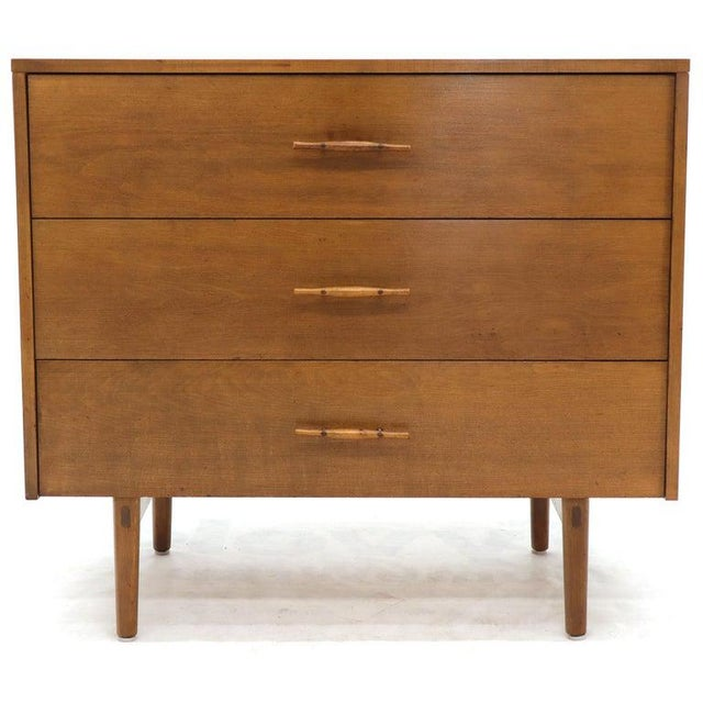 Mid-Century Modern Paul McCobb Planner Group Solid Birch 3-Drawer Bachelor Chest Dresser For Sale - Image 3 of 12