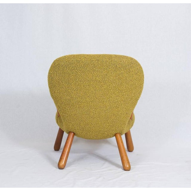 "Birch Pair of Philip Arctander ""Clam"" Chairs For Sale - Image 7 of 10"
