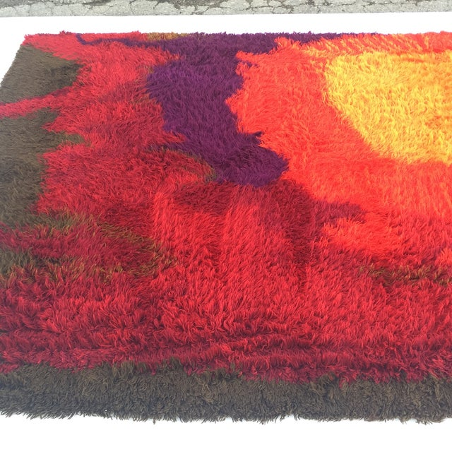 "Red Mid-Century Abstract RYA Shag Rug - 7'10"" X 10'10"" For Sale - Image 8 of 8"