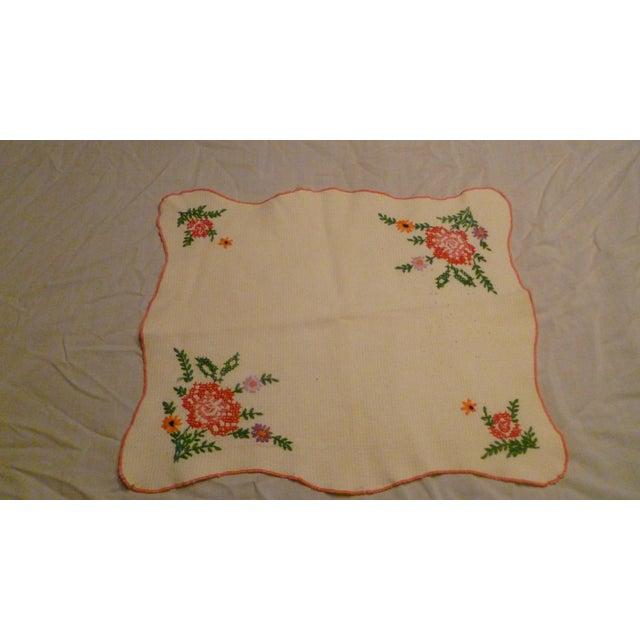 Vintage Linen Embroidered Handmade Topper Runner Bisquit Holder Bread For Sale - Image 9 of 9