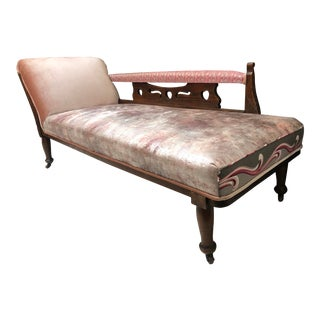 1920s Art Nouveau Plush Pink Chaise Lounge For Sale