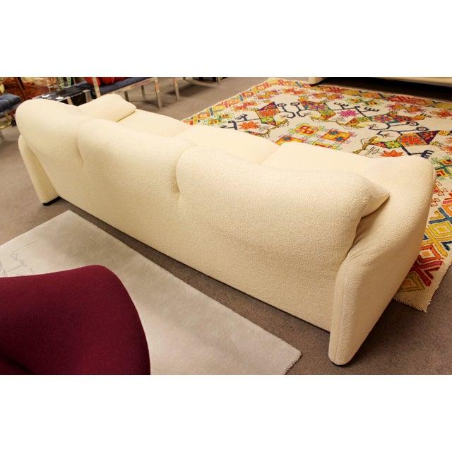 Textile Mid Century Modern Atelier Intl Sculptural Sofa Maralunga Magistretti Cassina For Sale - Image 7 of 11