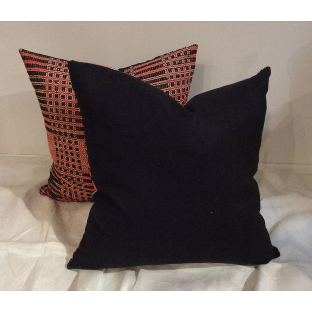 Early American Pair of Hand Woven 19thc American Jacard Woven Coverlet Pillows For Sale - Image 3 of 4
