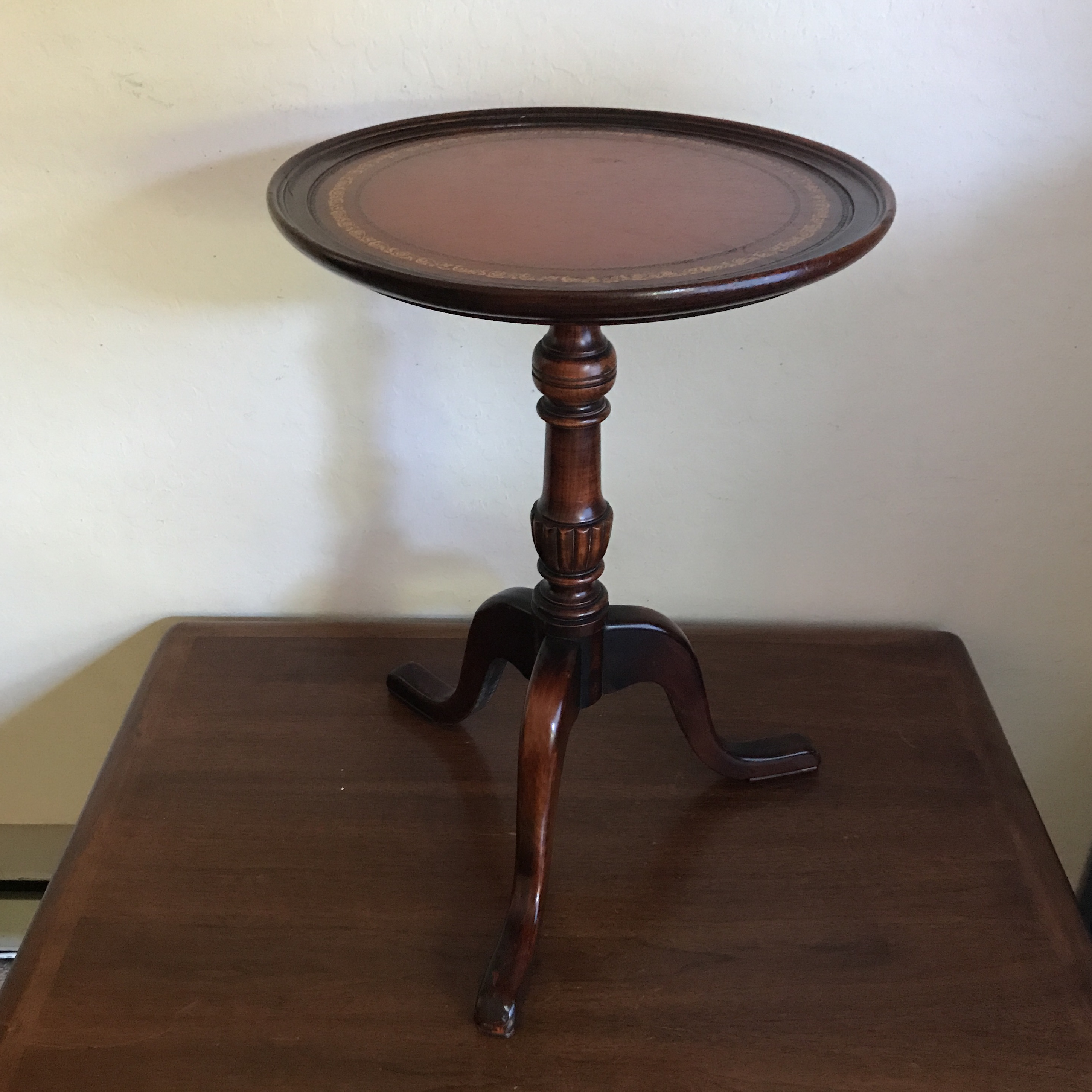 Vintage Round Leather Top Pedestal Side Table   Image 3 Of 11