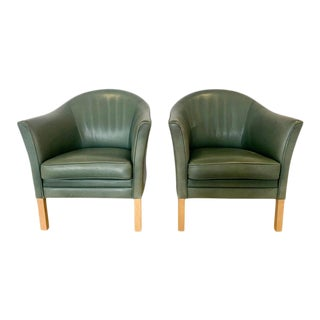 Danish Queen Leather Chairs Lars Kalmar for Mogens Hansen, 1980s - a Pair For Sale
