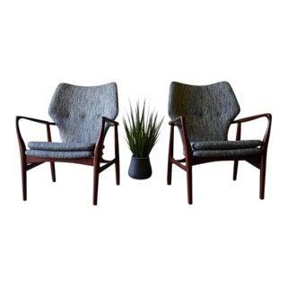 Mid Century Modern Teak Armchairs, a Pair For Sale