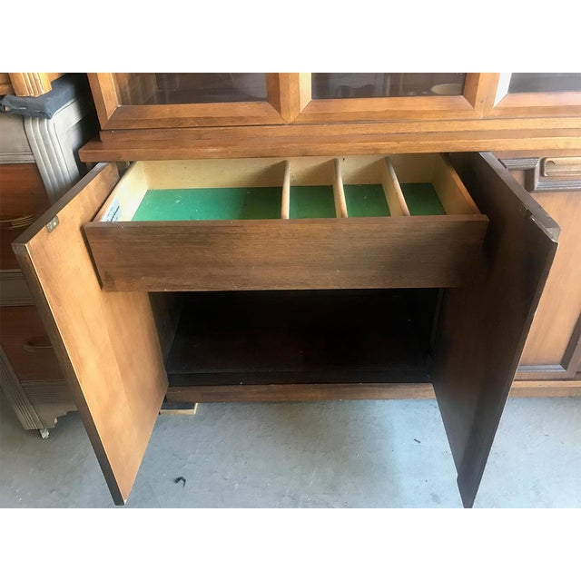 Mid Century Modern Hutch / China Cabinet For Sale - Image 11 of 13
