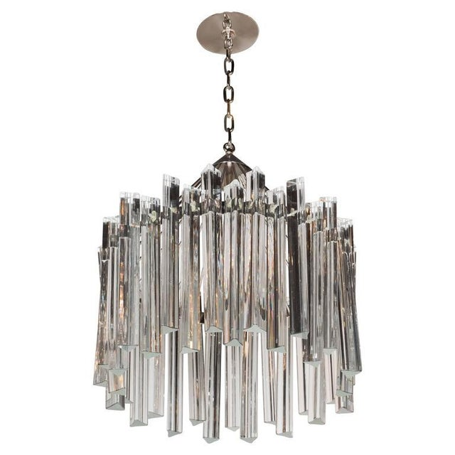 Sophisticated Mid-Century Single-Tier Stepped Triedre Chandelier by Camer For Sale - Image 9 of 9