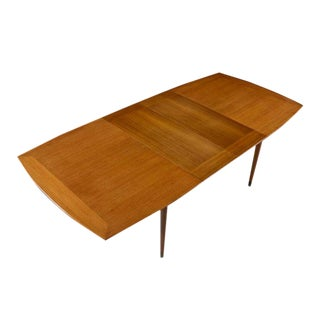John Keal for Brown-Saltman Mahogany Extendable Dining Table With Two Leaves For Sale